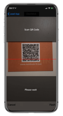 Scan business cards-screen on Membrain Lead App on iPhone